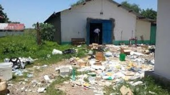 File photo: MSF hospital in Pibor looted and damaged in 2013